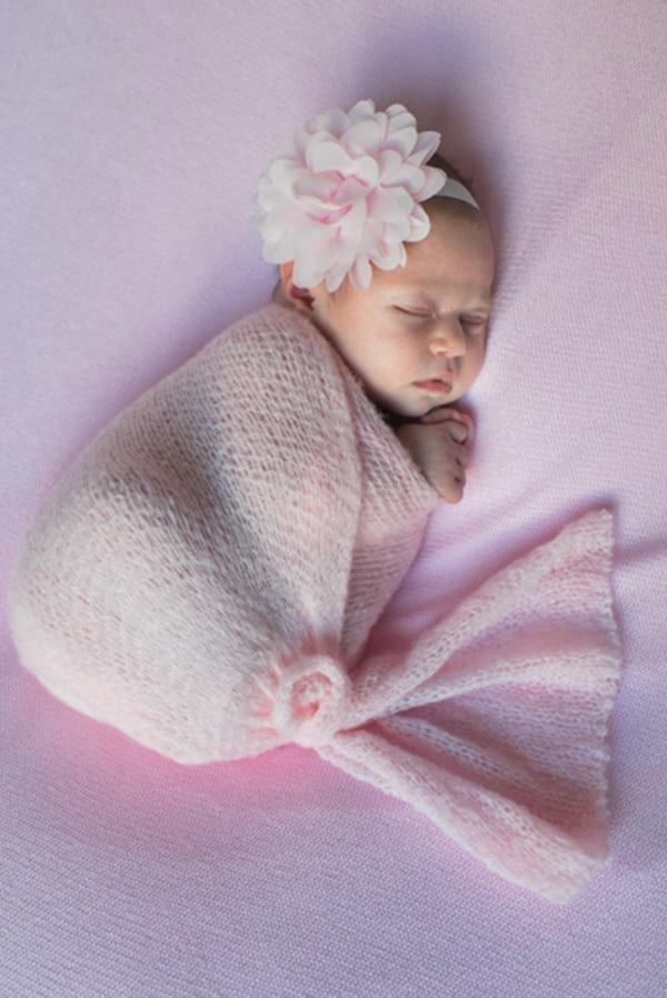 sweet-newborn-session-pink-hues_03