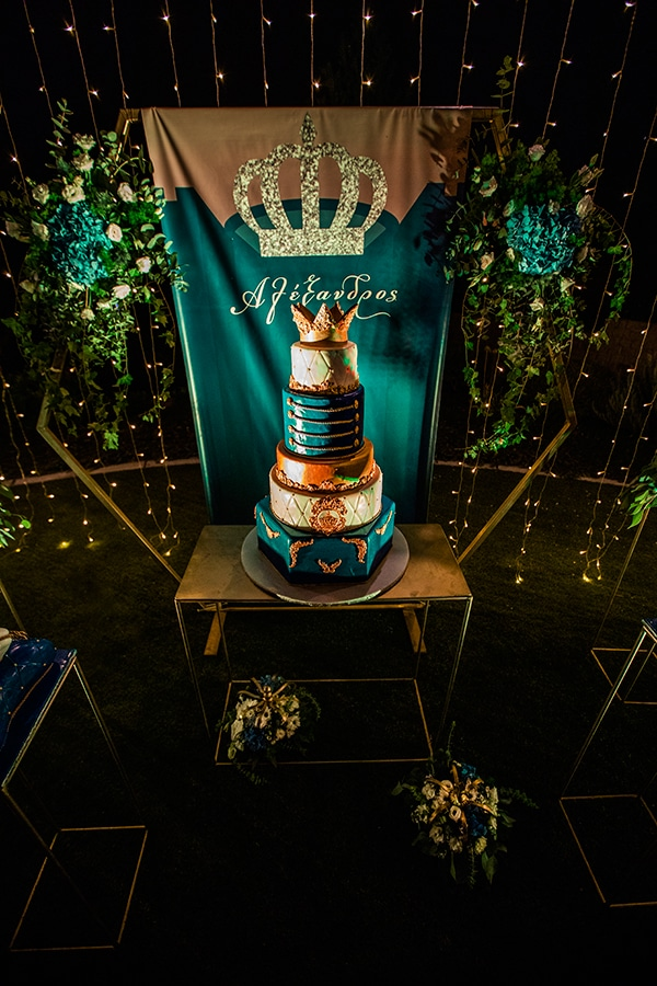 beautiful-king-themed-baptism-ideas_05