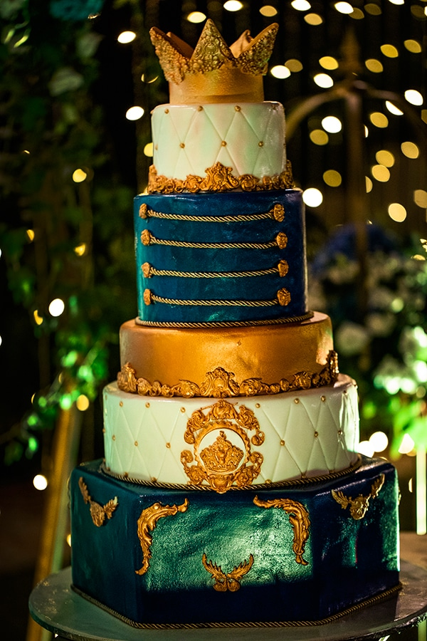 beautiful-king-themed-baptism-ideas_09