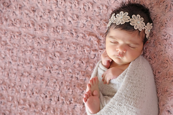 cute-newborn-photoshoot-pink-hues_02