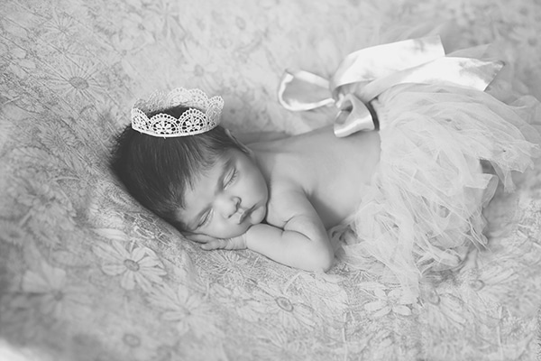 cute-newborn-photoshoot-pink-hues_06