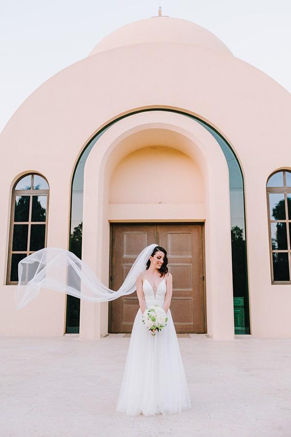 chic-wedding-fresh-white-flowers_03