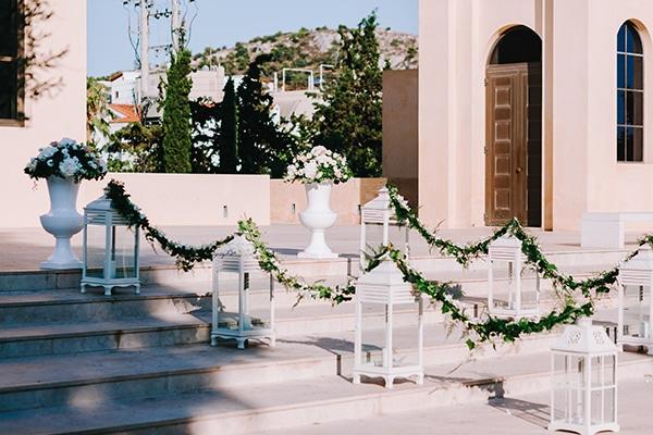 chic-wedding-fresh-white-flowers_12
