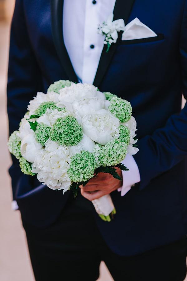 chic-wedding-fresh-white-flowers_16