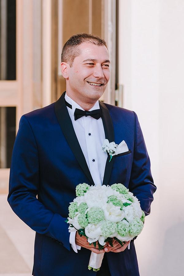 chic-wedding-fresh-white-flowers_18