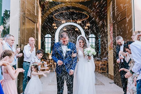chic-wedding-fresh-white-flowers_22