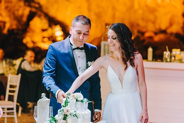 chic-wedding-fresh-white-flowers_27