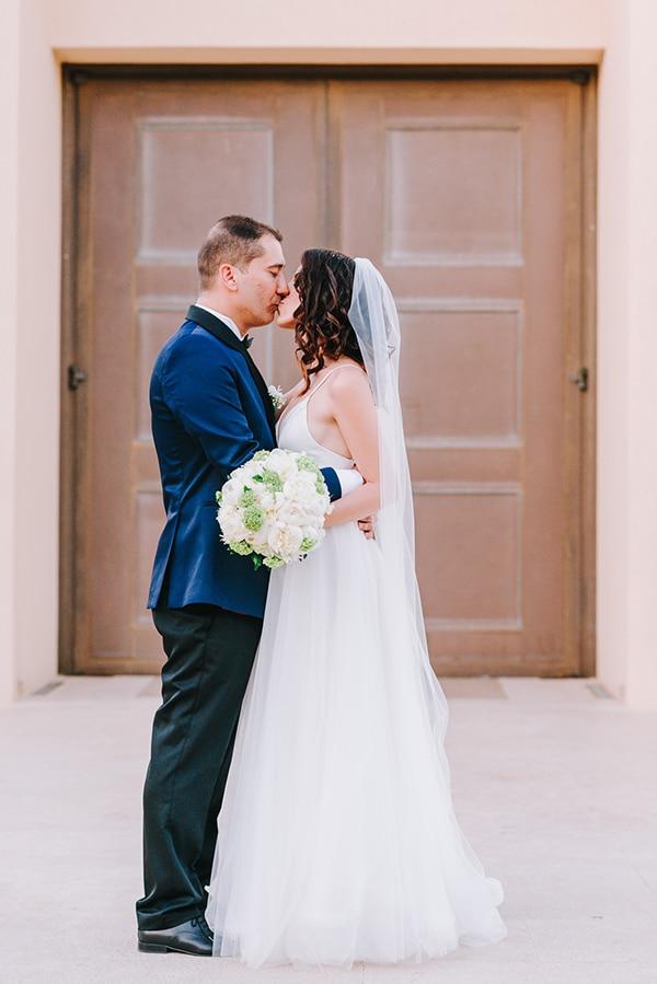 chic-wedding-fresh-white-flowers_28