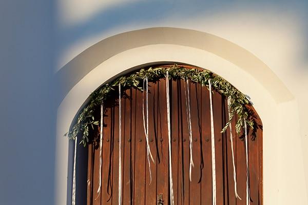 romantic-wedding-cyprus-blush-hues_08