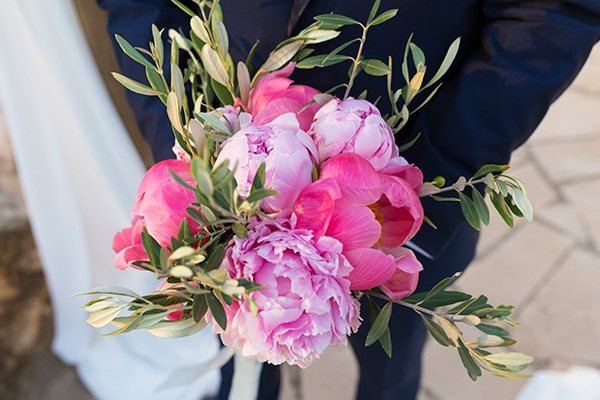 romantic-wedding-cyprus-blush-hues_10