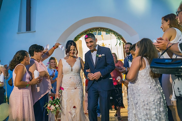 romantic-wedding-cyprus-blush-hues_14