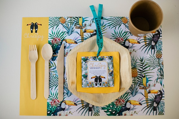 unique-decoration-ideas-tropical-baptism_15