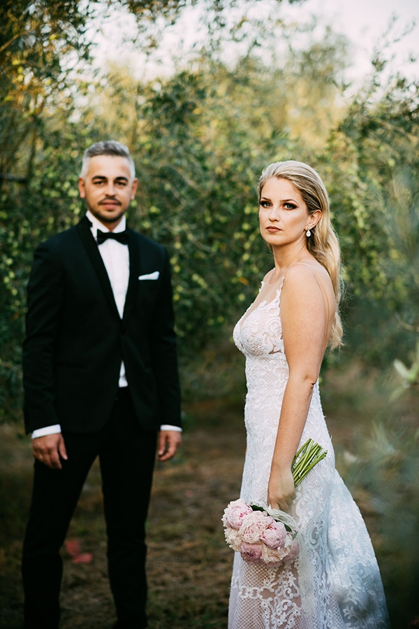 gorgeous-romantic-next-day-shoot-olive-grove_06X
