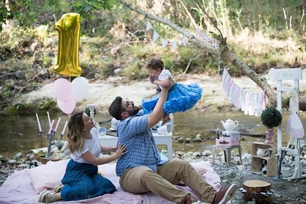 first-birthday-theme-alice-wonderland_01