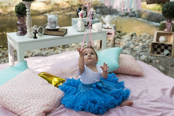first-birthday-theme-alice-wonderland_09