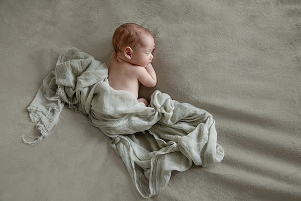 adorable-photoshoot-newborn-twins_05