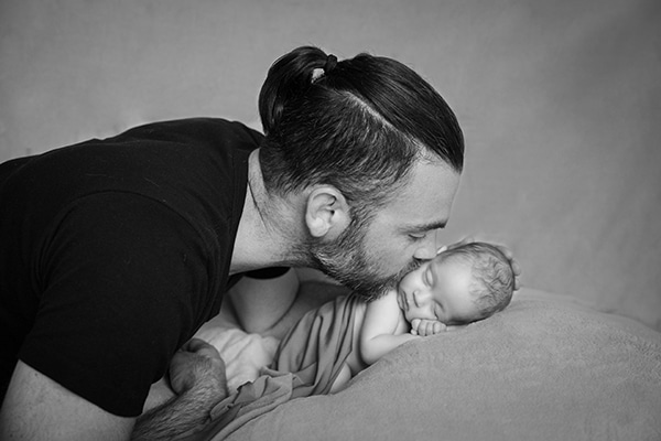 adorable-photoshoot-newborn-twins_07x