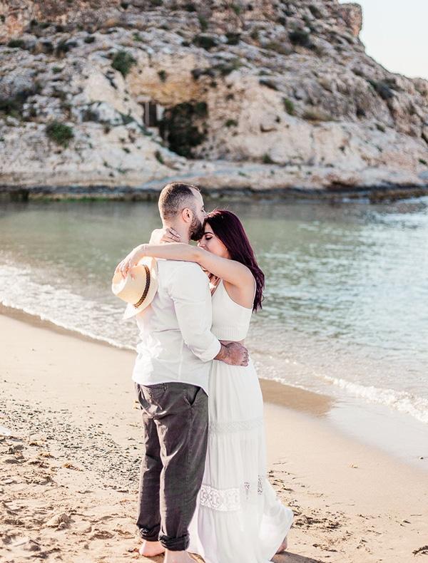 dreamy-beach-engagement-shoot_06