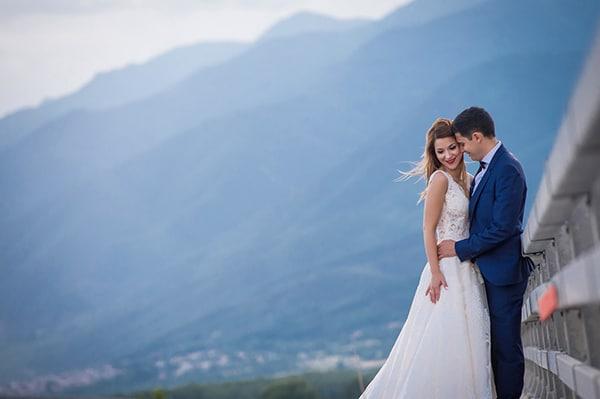 elegant-wedding-rose-gold-hues-geometric-touches_01