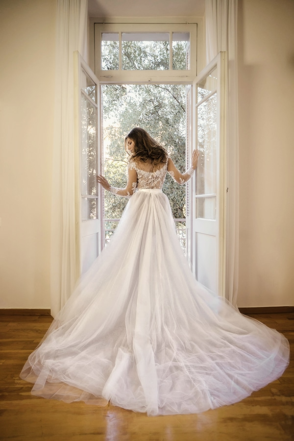 flowy-wedding-dresses-elena-soulioti_06