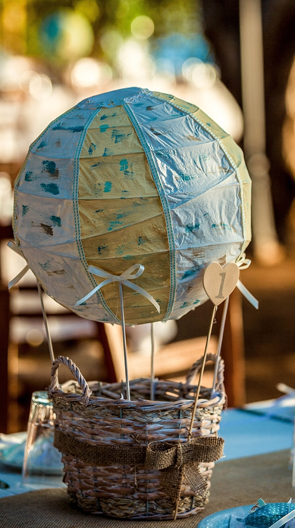 unique-baptism-decoration-ideas-hot-air-balloon_02