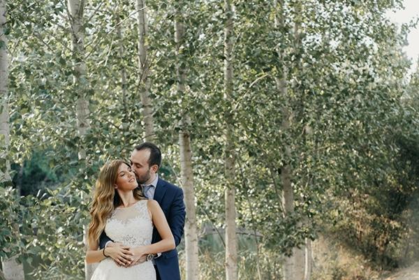 romantic-classic-wedding-beige-white-hues_04