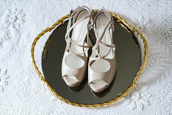 romantic-classic-wedding-beige-white-hues_06