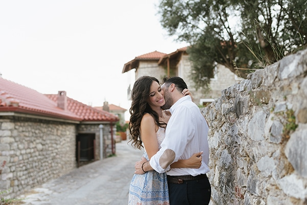 romantic-prewedding-photoshoot-nafpaktos_05x