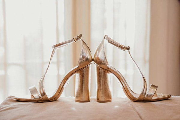 romantic-summer-wedding-lavender-serres_03