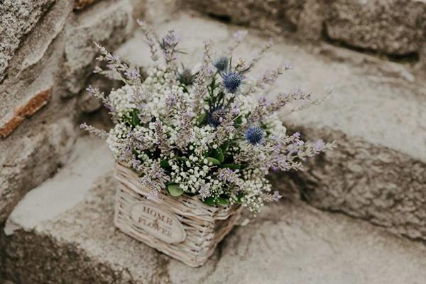 romantic-summer-wedding-lavender-serres_09