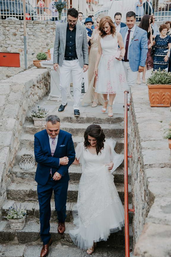 romantic-summer-wedding-lavender-serres_13