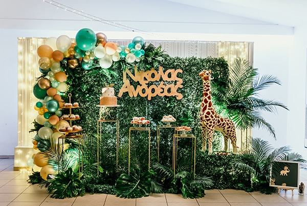 unique-baptism-ideas-boy-theme-jungle_00