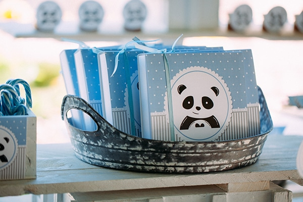 beautiful-boy-baptism-decoration-ideas-theme-panda_13