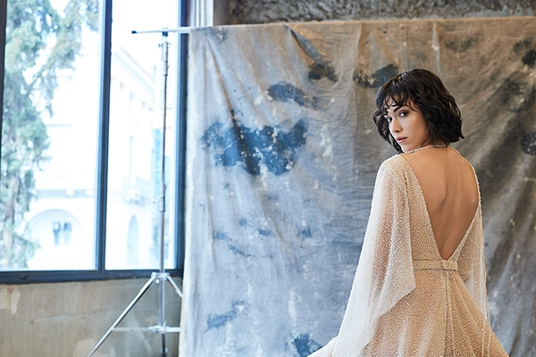 ethereal-feminine-wedding-dresses-you-will-love_02