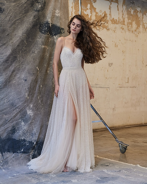 ethereal-feminine-wedding-dresses-you-will-love_03