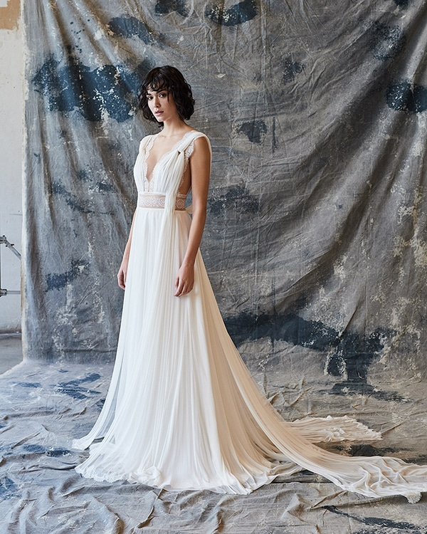 ethereal-feminine-wedding-dresses-you-will-love_05