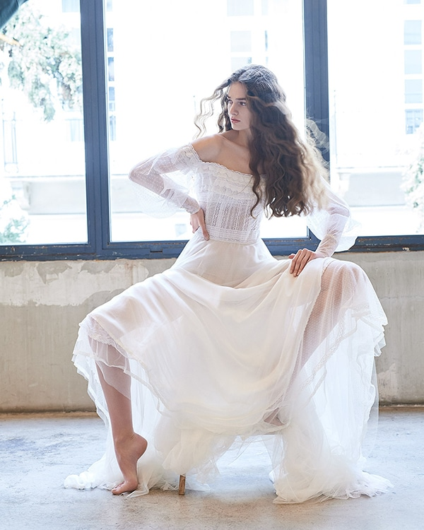ethereal-feminine-wedding-dresses-you-will-love_08
