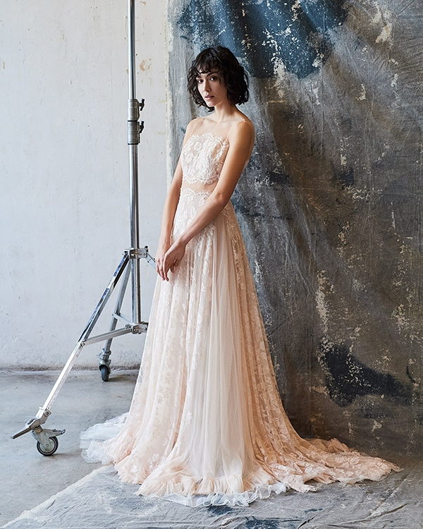 ethereal-feminine-wedding-dresses-you-will-love_10