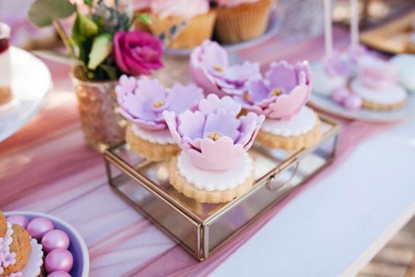 fairytale-baptism-decoration-ideas-girl-flowers_05