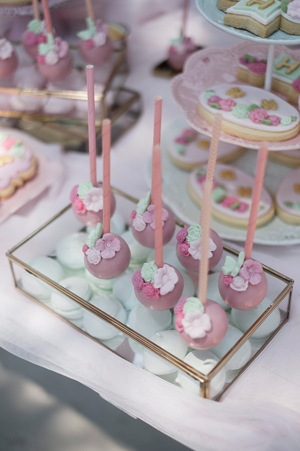 vivid-girly-baptism-butterflies-flowers-pink-tones_10