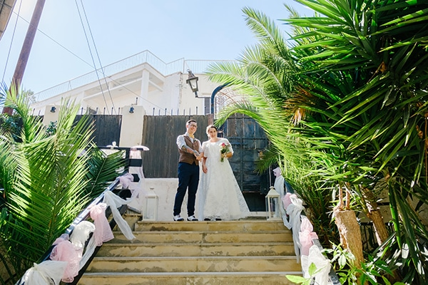 beautiful-romantic-wedding-paphos-white-flowers_10