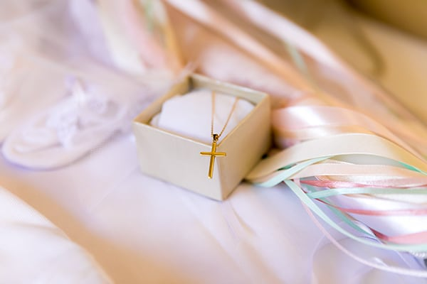 fairytale-girl-baptism-larnaca-butterflies-flowers_03