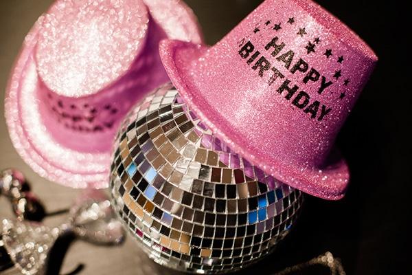 unique-girl-party-ideas-decoration-disco-theme_13