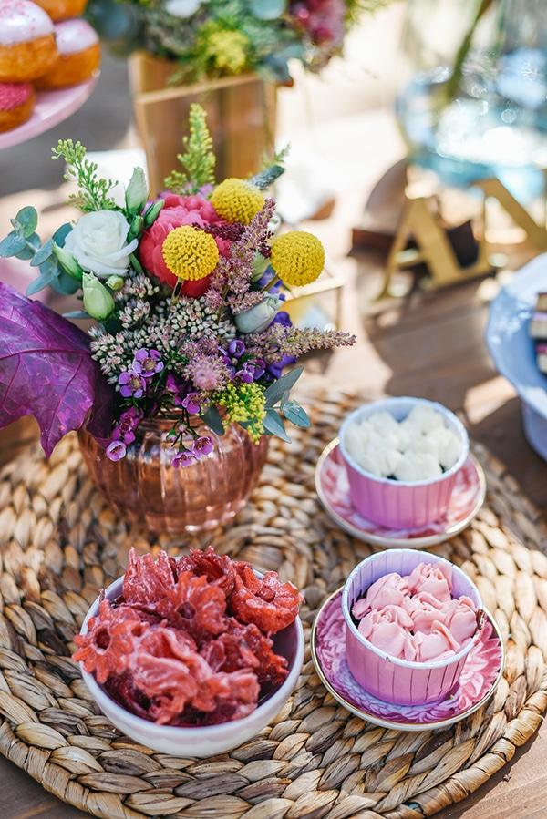 attractive-girl-baptism-decoration-ideas-vivid-colors_03x