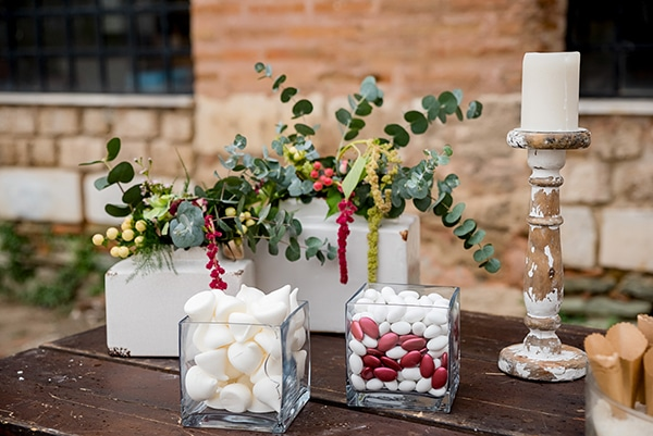 boho-fall-wedding-stunning-decoration-pomegranate_08