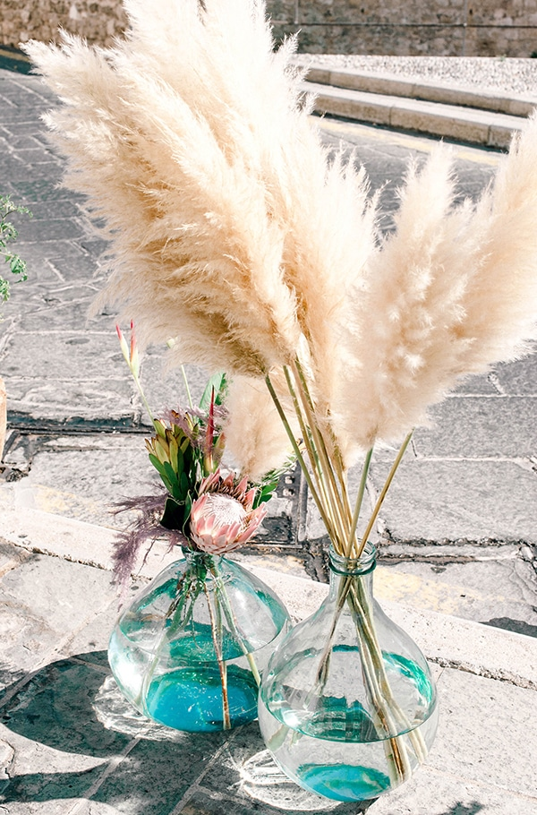 dreamy-girly-baptism-ideas-pampas-grass-macrame_08x