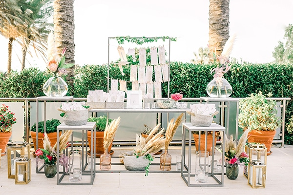 dreamy-girly-baptism-ideas-pampas-grass-macrame_17