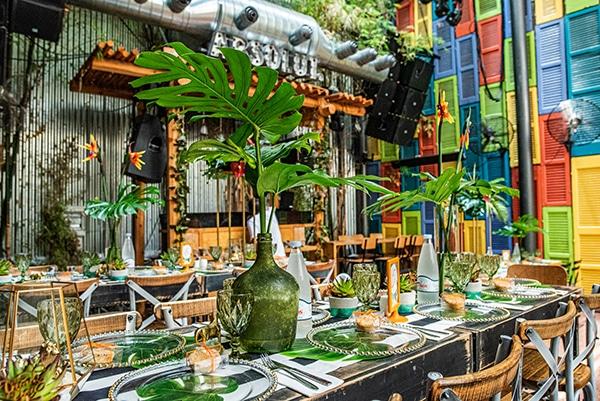 impressive-tropical-theme-boy-baptism-emerald-green-gold-hues_02