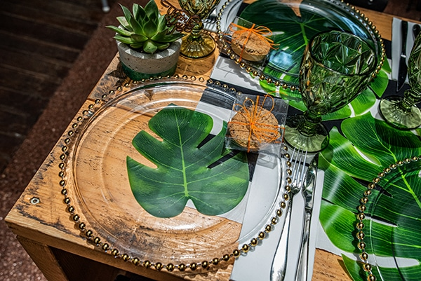 impressive-tropical-theme-boy-baptism-emerald-green-gold-hues_19