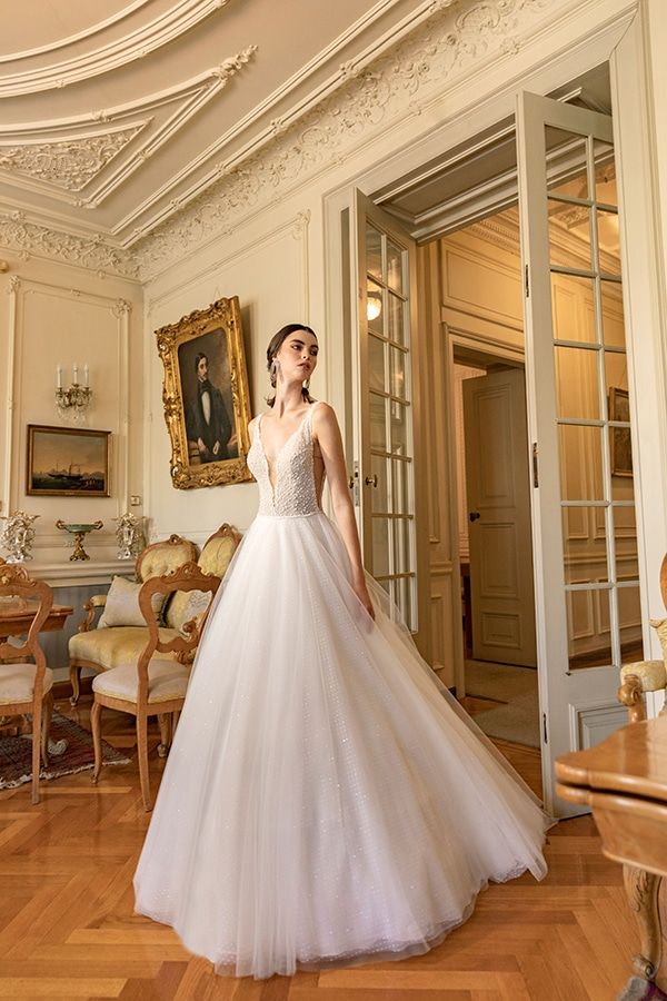 luxurious-wedding-dresses-aristocratic-bridal-look-costantino_01
